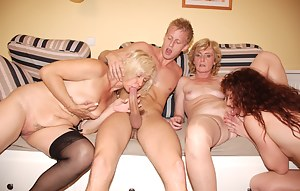 Free MILF Pussy Licking Porn Pictures